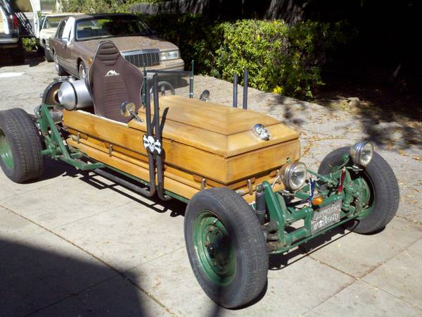 scary little ride custom coffin car rat rod pasadena ca. Black Bedroom Furniture Sets. Home Design Ideas